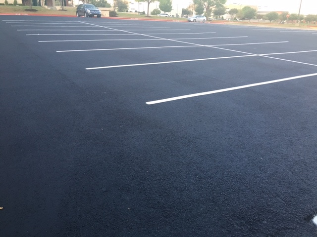 Asphalt Sealcoating and Striping
